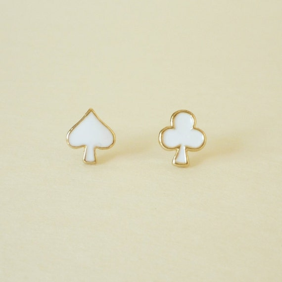 Let's Play Card  - The Milk White Enameled on Spade and Club Gold Setting Ear Studs/Earring/Ear Posts