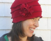 Polar Fleece Ladies Hat - Flapper Cloche - Cherry Red - Annique