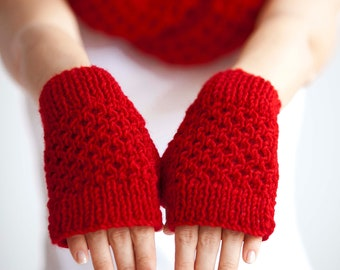 Red Infinity Scarf and Gloves Set  Christmas Gift