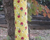 Plastic Bag Holder-Bees and Apples