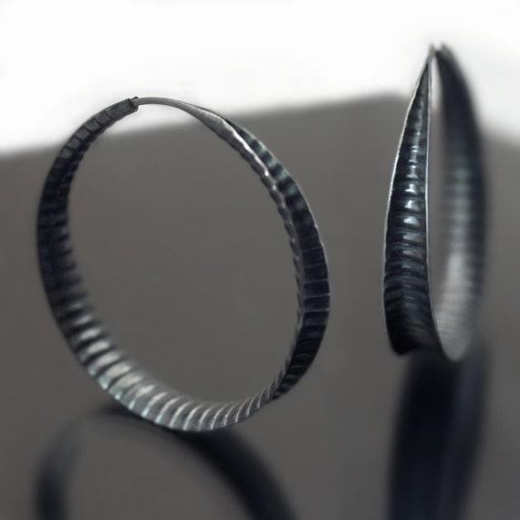Anticlastic earrings in sterling silver - Corrugated Hoops
