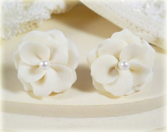 White Flower Pearl Earrings Stud or Clip On - Flower Jewelry