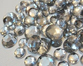 Acrylic Flatback Clear and Silver Round Gems for Crafts