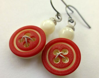 Red and White Dangle Button Earrings