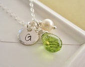 August birthstone necklace, personalized green peridot necklace, custom initial, sterling silver monogram, silver necklace, freshwater pearl