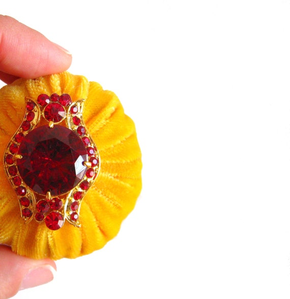 Amber Yellow Emery Pincushion / Pin Cushion - Ancient Egypt - One of a kind