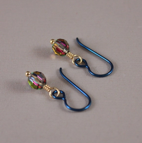 Niobium earrings Navy Niobium Swarovski Vitrail round beads
