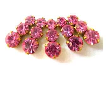 5 Swarovski vintage jewelry findings 3 rhinestone crystals in brass setting, pink