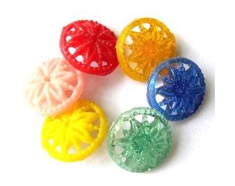 Antique vintage buttons, set of 6 plastic buttons flower ornament, rare, 16mm
