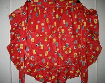 Vintage 1950's-60's Red Apron Dominoes w/ Quilted Pockets