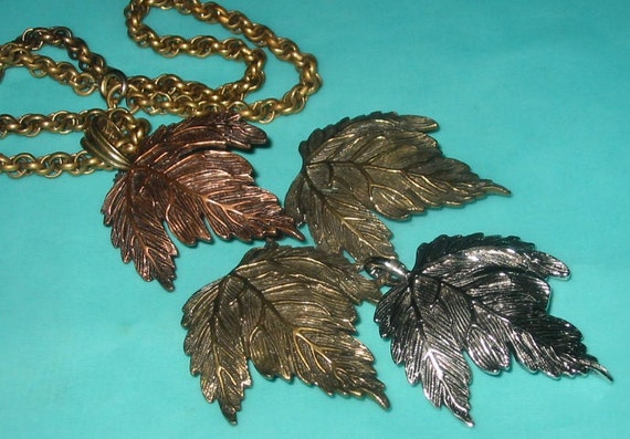 Reserved for lookbookbykindra....Vintage MOD Huge Leaf Cluster Mixed Metal Pendant Necklace Signed Castlecliff