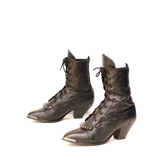 size 7 SOUTHWEST black leather 80s BIKER FRINGE lace up ankle boots