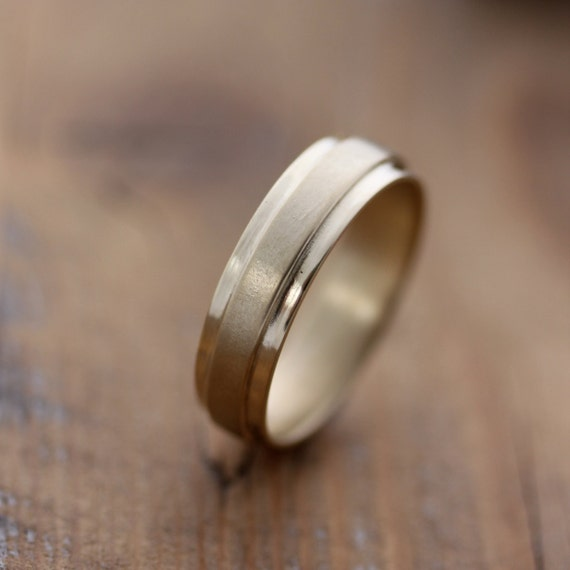 14k Yellow Gold Men's Wedding Band, Slate Band RIng in Solid Recycled  Gold