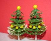 Vintage Christmas Cake Toppers, Christmas Trees, (2) Bulbs, Plastic Christmas Tree Decorations