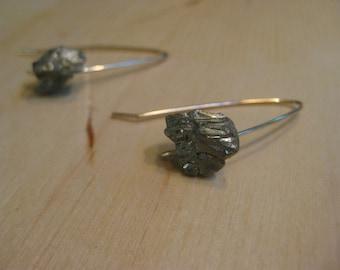 Insouciant Studios Glitz Dangle Earrings Sparkling Pyrite