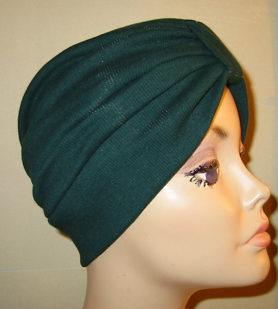 With Suburban Turban's range of contemporary chemo hats, designed specifically for women who are experiencing hair loss, you can feel as gorgeous as you always did! Chemo Hats .