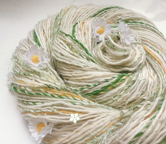 Handspun Art Yarn - SNOW DAISIES - natural Whites, Sunshine Yellow and Green, Daisies, Iridescent Snow Flakes. 203 yds, 3.63 oz