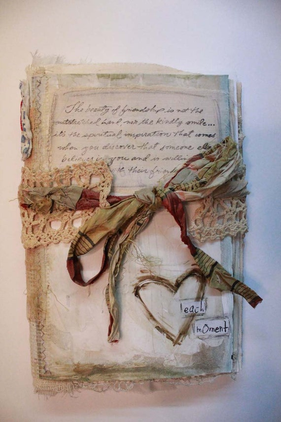 each moment journal