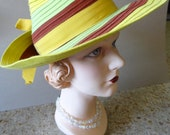 Movie Star Chic Late 1930s to 1940s Green and Brown Felt Women's Fedora Hat.
