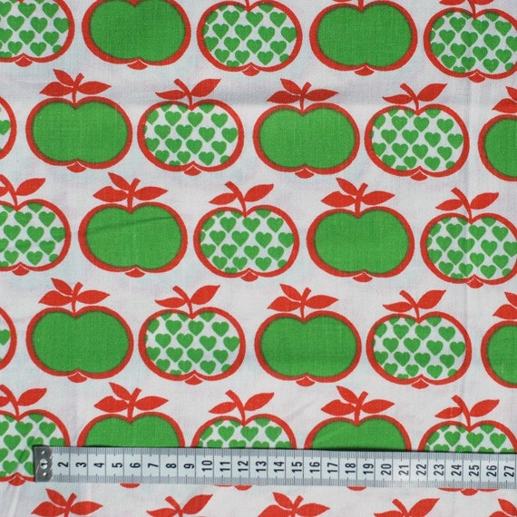 Seventies vintage childrens fabric 120x100 cm from for Vintage childrens fabric