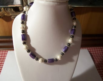 Beautiful 10 inch magnetic anklet Purple, White, Black