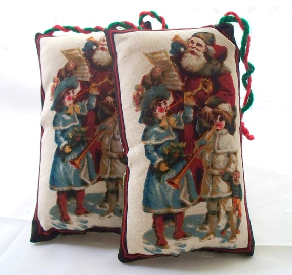 Christmas Door hanger - Miniature Pillow Decoration- Santa's List - Christmas Holiday decoration