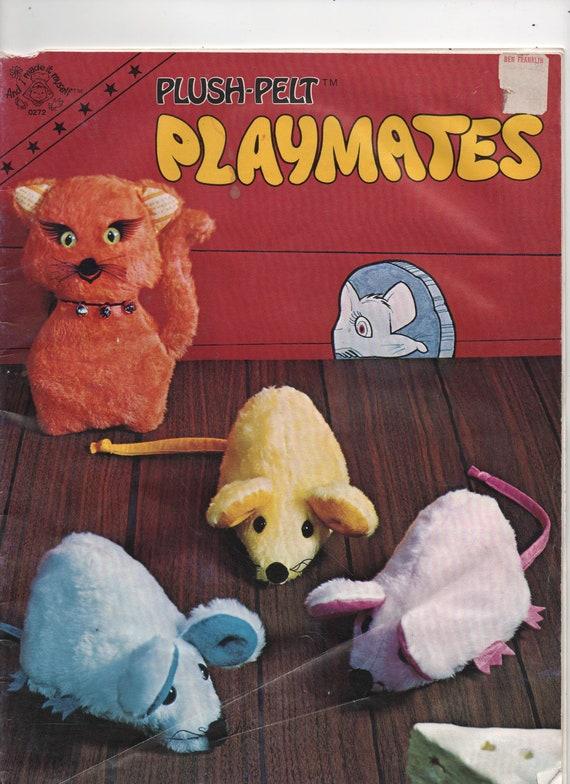 VERY RARE 1970s Plush Pelt Playmates vintage pattern instructions book UNCUT rainbow snake mice walrus kitten horse football baseball frogs