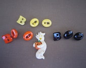 Halloween Buttons - Dress it Up Pkg - Assorted Collection -Boo & Ghost
