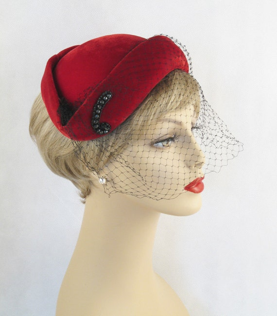 Vintage 1940s 1950s Red Velvet Cuffed Profile Hat with Beading and Netting