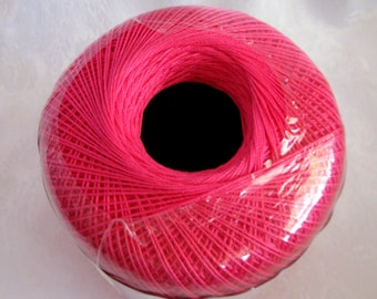 Aunt Lydias Classic Crochet Cotton Thread,  HOT PINK, size 10