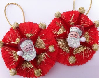 SANTA CLAUS red+gold vintage style chenille ORNAMENTS set of 2 medallions