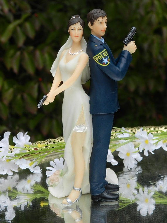 Police Officer Bride Groom Guns Wedding Cake By Carolinacarla