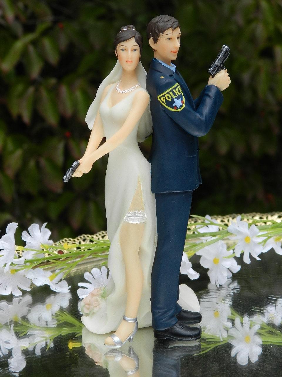 Police Officer Bride Groom Guns Wedding Cake By Carolinacarla