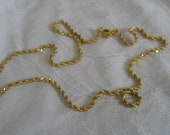 Gold Metal Twist Chain Costume Jewelry Necklace
