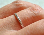 ONE sterling silver stack/stacking/stackable band ring textured hammered thin slim wedding ring, sizes 4, 5, 6, 7, 8, 9, 10, 11, 12