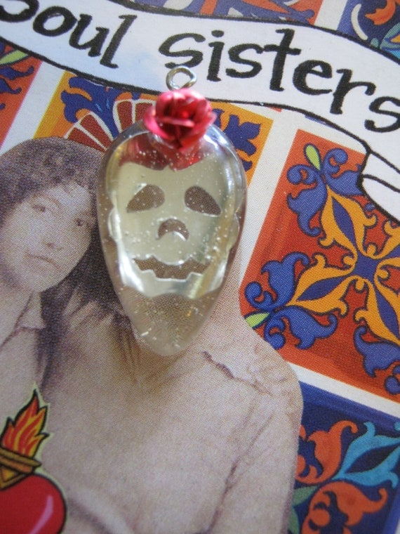Supplies Resin Skull Charm