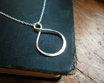 Silver Infinity Necklace in Sterling Silver - Large Infinity Pendant Necklace