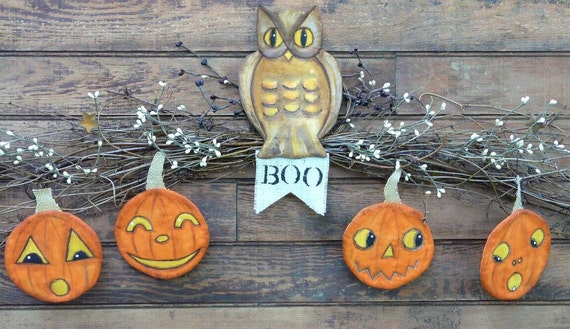 Vintage HALLOWEEN Owl Pumpkin swag PDF Pattern -  ornaments Banner ornies decor email primitive grubby decoration party