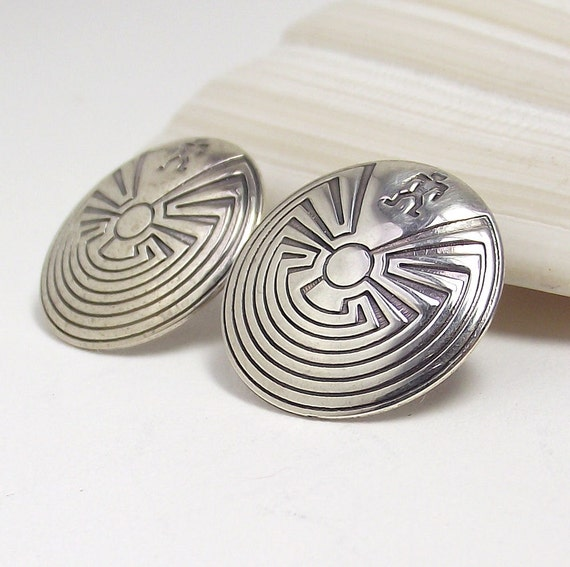 Vintage 'Man in the Maze' Round Sterling Silver Stud Earrings