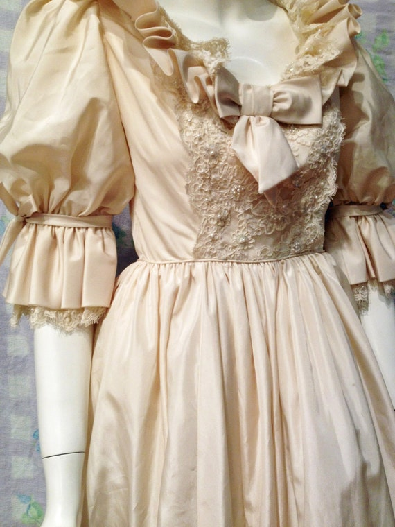 Vintage Princess Diana Replica Wedding Gown