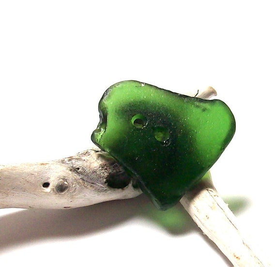 """Sea Beach Glass Button - Emerald Green Seaglass - Authentic Recycled Lake Find - """"Jaded"""" by StoneMe"""