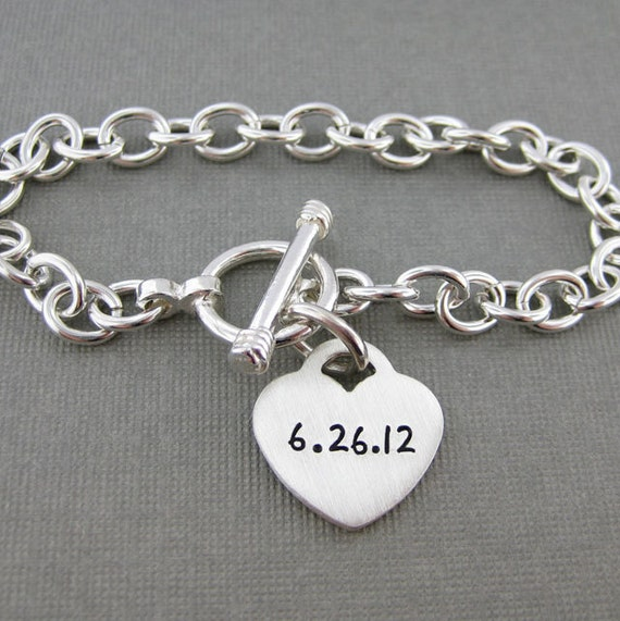 Personalized NEW MOMMY Bracelet - Hand stamped sterling silver bracelet with a heart charm (BN003)
