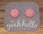 coral pink frost mini mum flower earrings by yeahhello