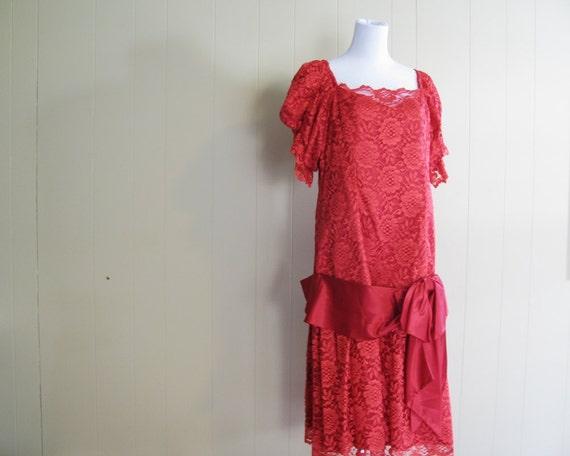 Flapper Style  Dress 80s does 20s Red Lace Drop Waist Dress M L