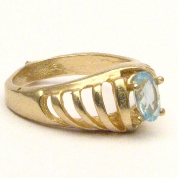 Handmade 14kt Gold Aquamarine Ring