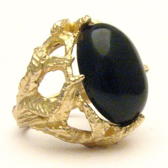 Handmade 14kt Gold Black Jade Claw Cabochon Ring