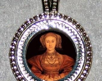 Tudor Anne Cleves Pendant