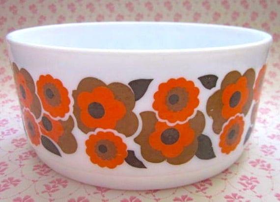 Funky Orange Flower Arcopal 1970s Serving Bowl