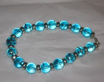 "8"" Stretch Bracelet, Blue Glass, Beautiful and Simple"