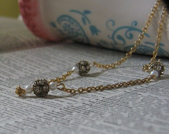 Vintage Rhinestone and Pearl Necklace VC